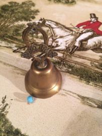 "Geel koper | Frans tafelbelletje #Druif"" 'Ar & Crafts'| 1905-1910"