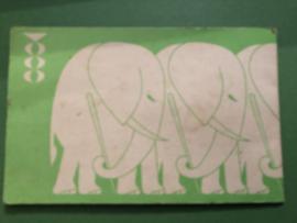 MONTYP | Naaldenboekje met olifanten - Needlebook - Nadelbüchlein 1950