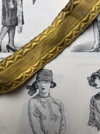 Band | Goud | Antiek stukje frans kloosterband (2 x 68 cm)