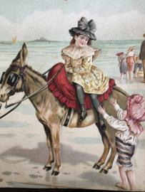 Papier | Victoriaanse reliëf karton kinderen op het strand met ezeltje ca. 1895-1900