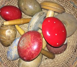 Haberdashery | Vintage Darning egg & Darning mushrooms