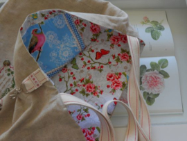 Shopper van linnen met roosjes 'Flower Birdy' (L) (15 x 15 cm)