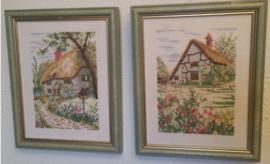 """Landschappen - Setje van twee romantische schilderijtjes met """"engelse cottages"""""""