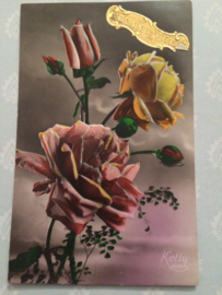 Nieuwjaar |  Ansichtkaart - Briefkaart - Fotochroom 'Ketty 359' rozen met gouden stickertje Bonne Annee - 1920