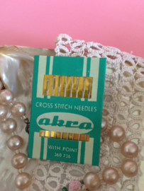 Vintage Needles Akra Cross Stitch Needles with point 360736 50s