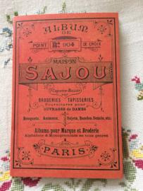 Boeken | Bibliothèque DMC | Kruissteken | Maison Sajou Album n° 904 crosstitch - red series - Rozen en tulpen | NIEUW