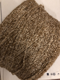 VERKOCHT | Enorme cone bruin gemêleerd kloosterwol  2.350 kg