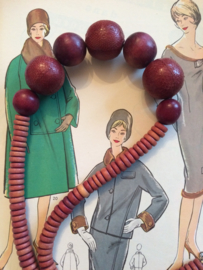 Kralenketting | Houten ketting, zaden en pitten - lengte 33 cm. | jaren '80 - Vintage