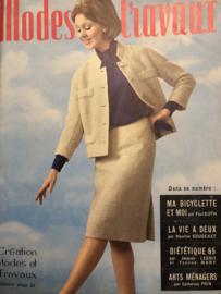 1965 | Modes et travaux  Avril 1965 - 47e Année N° 772 - met borduur- en haakpatronen