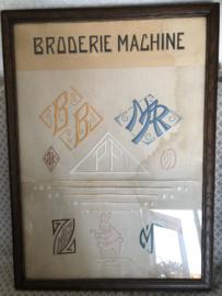 Schilderij | Borduurwerk | ANTIEK| Reclamebord 'Borderie Machine' ca. 1930
