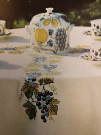 BURDA | Bloemen | Borduurpatroon - telpatroon tafellaken of wandpaneel