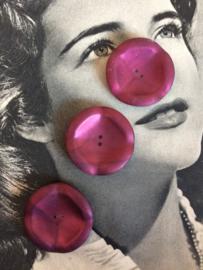 Knopen | Rood - bordeaux metallic  - 35 mm met reliëf  twee gaatjes | vintage jaren '70