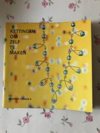 Boeken | Kralen | Vaardige handen 08 | Kettingen om zelf te aken - Helena Hornung | 1967