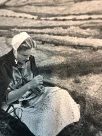 1951 - Beatrijs: Katholiek weekblad voor de vrouw | 11 mei 1951 no. 19, 9e jaargang
