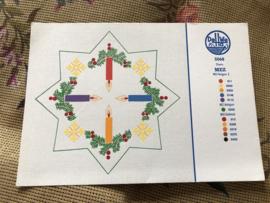 MEZ DellWea | KERST | Stern Pelgarn 3 - 5068  - kleurenkaart Kersttafereel Kersttakjes en kaarsje