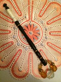 Ebbenhouten kantklosje met kralen |  Lace Bobbin Turned Treen Beads Spangles Pillow Lace Mid Victorian | 1850-1870