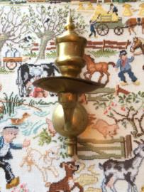 Messing | Wandarmatuur - één-armige antieke messing kaarsenhouder | ca. 1900