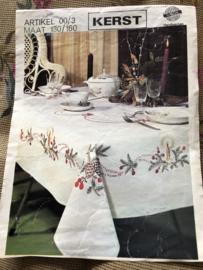 Noblesse | Kerst | borduurmotief voor tafellaken - Handwerken artikel 00/3 - Maat 130/160