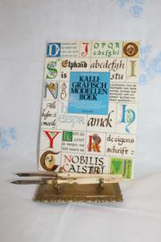 Boeken | Kalligrafie | Kalligrafisch modellenboek