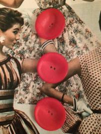 Knopen | Rood mix - 30 mm  schoteltjesvorm met twee gaatjes | vintage jaren '50