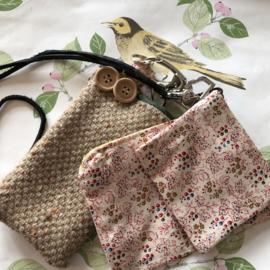 Telefoonhoesje, portemonnee en ov-chipkaart hoesje en sleutelhanger