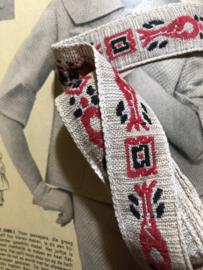VERKOCHT | Band | Beige | Antiek |  Frans restantje linnen band met visjes motief (2,5 cm x ca. 2 meter)