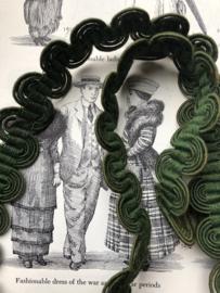 Band | Groen | Antiek groen frans band met bijzonder patroon (2 cm x 68 cm)