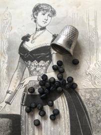 Knopen | Zwart | 05 mm antieke stoffen handgemaakte zijden mini knoopjes eind 19e eeuw ca. 1881