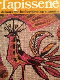 1975 | Boeken |  Tapisserie | Tapisserie - de kunst van het borduren op stramien | Mary Rhodes
