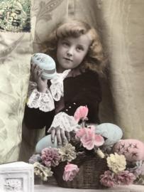 Frankrijk | Pasen | Carte Postale Fotokaart (ingekleurd) - VBC Serie No 3120 'Etoile Paris' Meisje met paaseieren Joyeuses Paques met tekst
