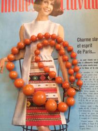 Kralenketting | Oranje marmer - lengte 26 cm. | jaren '60 - Vintage