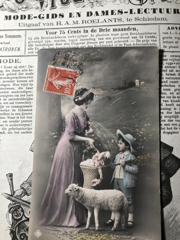 Briefkaarten | Pasen | 'Joyeuses  Paques': moeder en kind en lammetje  (1905-1910)