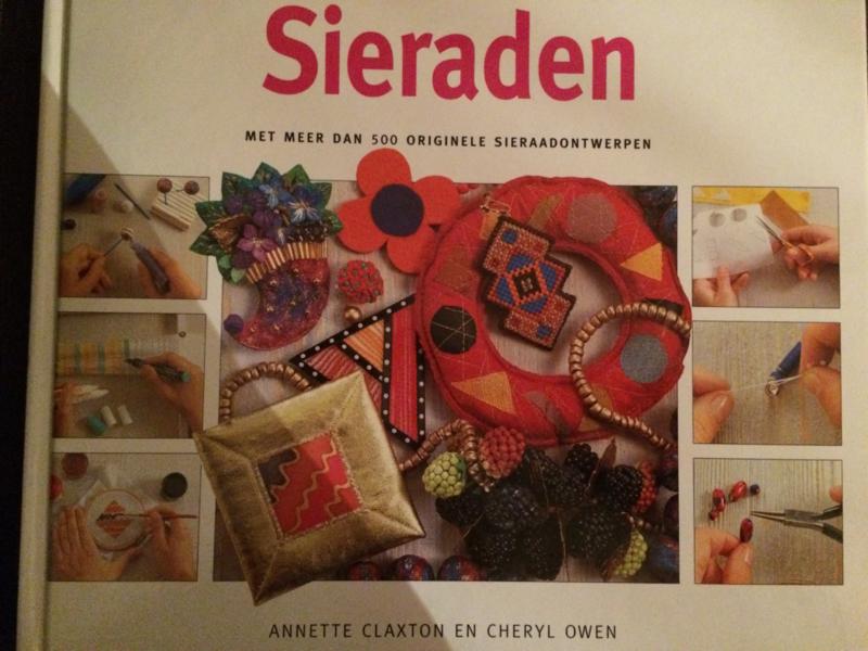 Beeldgids voor sieraden met meer dan 500 originele sieraadontwerpen