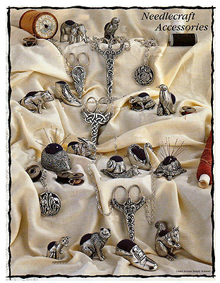 Naaigerei | Artikel: Victorian Style Needlework Accessories