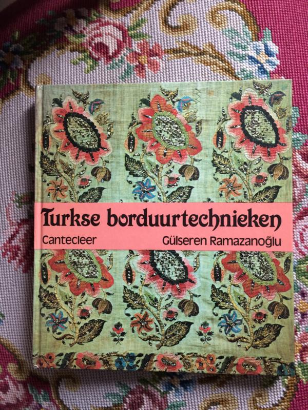 VERKOCHT   Boeken   Handwerken   Turkije   Turkse borduurmotieven - Turkse borduurtechnieken   Canteleer