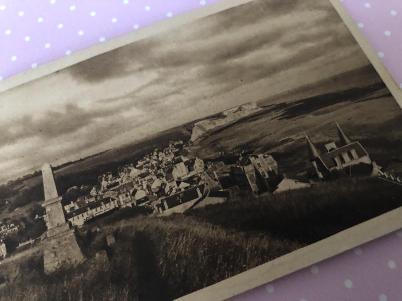 """WW II   SEPIA   Arromanches - les Bains """"Winston-Harbour"""" 10 cartes detachables - Album-Bloc no. 4 French English Text"""