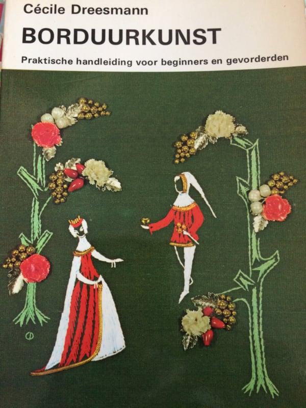 Boeken |  Borduren | Vintage |1966 | Borduurkunst | Celine Dreesmann (V&D) - 3e druk (softcover)