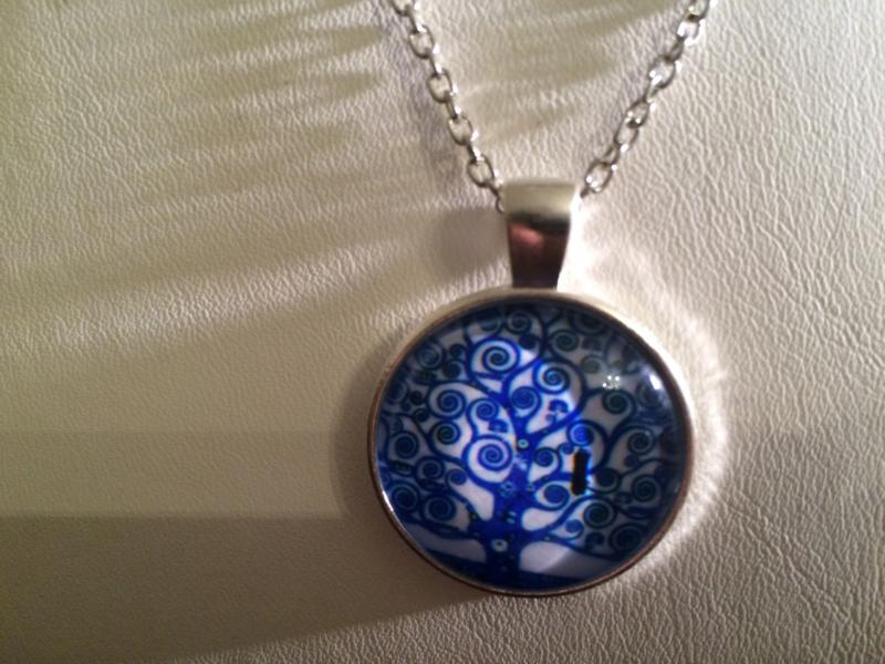 "Ketting ""Blue Tree"" met blauwe levensboom | zilverkleurig"