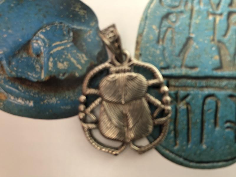 Sieraden | 'Scarabee' - Sterling zilveren platte ketting hanger | 5 gram