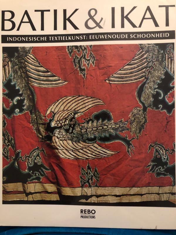 Boeken | Handwerken | Indonesië | Textiel | Batik & Ikat - Bedrich Forman - Indonesische textielkunst, eeuwenoude schoonheid