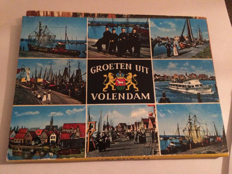 Nederland | Volendam | Ansichtkaarten | Groeten uit Volendam | Retro kaartenmapje met 8 kaarten