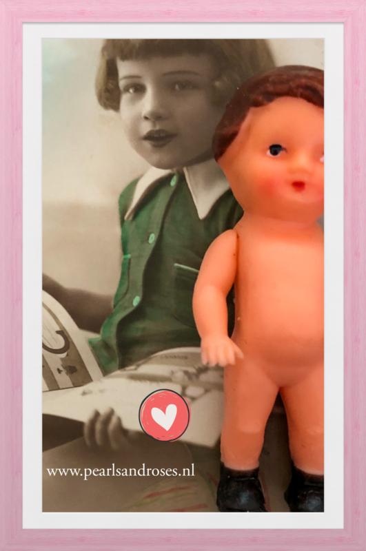 Duitsland | Miniatuurpopjes | vintage gummi - celluloid - ARI popje met bruine haartjes - jaren '50