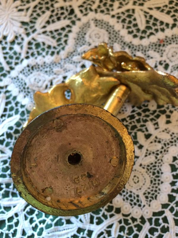 IJzer | Vintage gordijnenhaken, goud verguld tulpen
