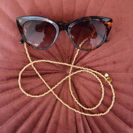 Zonnebrilkoordje/ Koordje voor mondkapje goudkleurige kraaltjes en mini pareltje