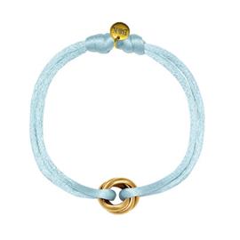 Armbandje met goudkleurige ringetjes en blauw satijnen bandje