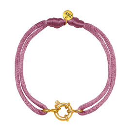 Armbandje met goudkleurig slotje en lila satijnen bandje