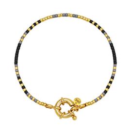Armbandje met goudkleurig slotje, zwart, grijs en goudkleurige kraaltjes