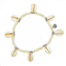 Enkelbandje kraaltjes met 8 schelpjes beige