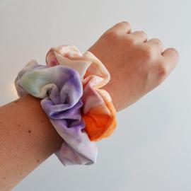 Scrunchie velvet oranje, roze, lila en rood