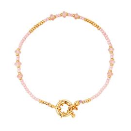 Armbandje met goudkleurig slotje, roze en goudkleurige kraaltjes